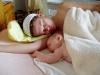 Dojčenie a spoločné spanie s 2-mesačným synčekom