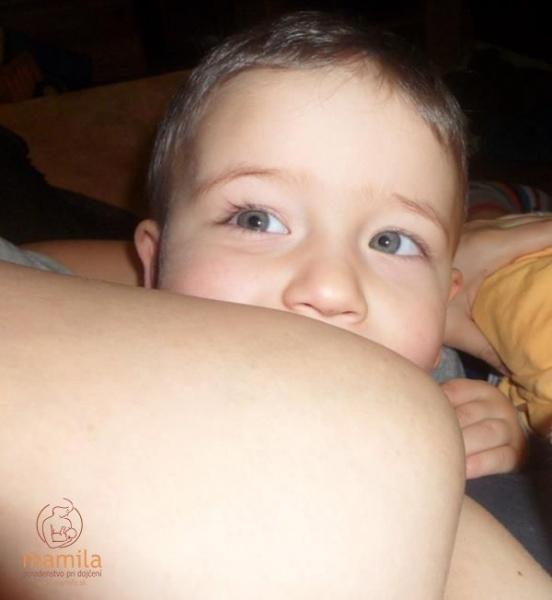 Pohľad stršieho dojčeného dieťatka