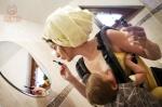 Dojčenie v spojení s nosením pomáha ženám jednoduchšie napĺňať svoje potreby