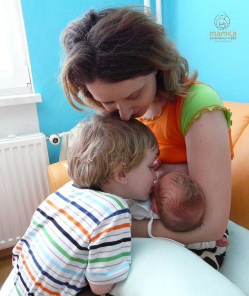 Dojčenie prináša radosť