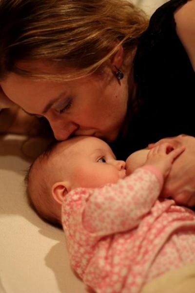 Dojčenie podporuje vytvorenie hlbokého vzťahu s dieťatkom, z ktorého budete čerpať celý život