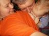 Je mnoho spôsobov, ako sa môže otecko zúčastniť pri dojčení