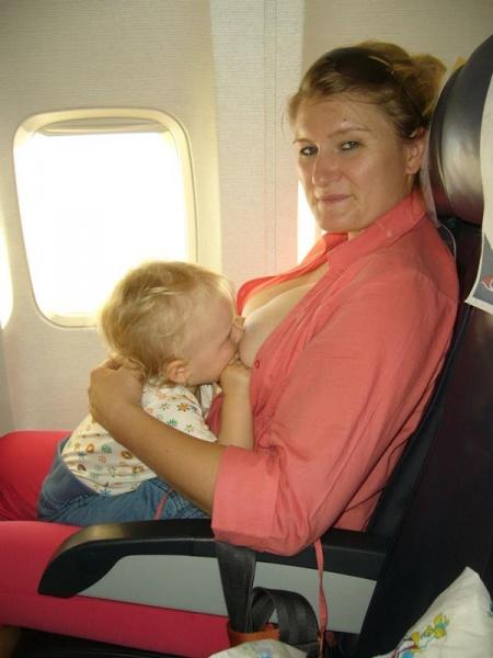 Dojčenie v lietadle